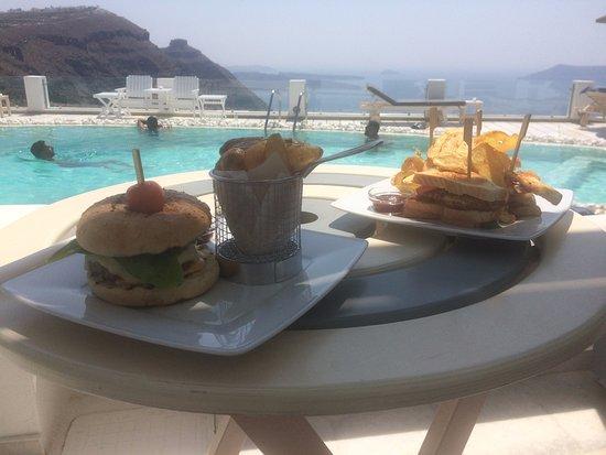 Santorini Princess: Lunch en la piscina