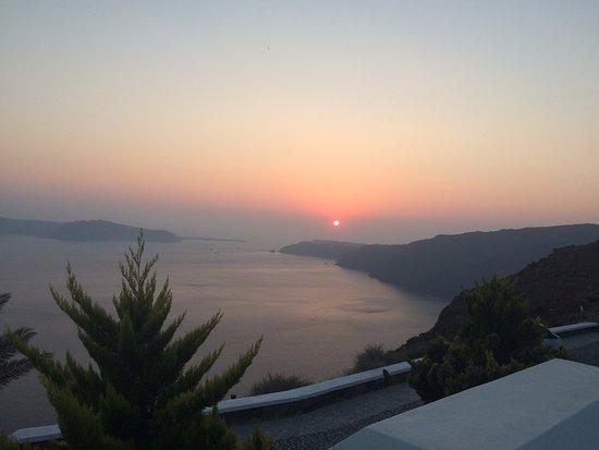 Santorini Princess: Puesta de sol desde la piscina