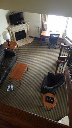 Monte Carlo Inn - Barrie Suites: 20160812_122735_large.jpg