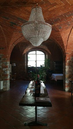 San Gusme, Italien: Interno