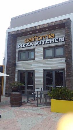 front entrace at sawgrass mills picture of california pizza rh tripadvisor com california pizza kitchen at sawgrass mills sunrise fl 33323 california pizza kitchen at sawgrass mills sunrise fl 33323