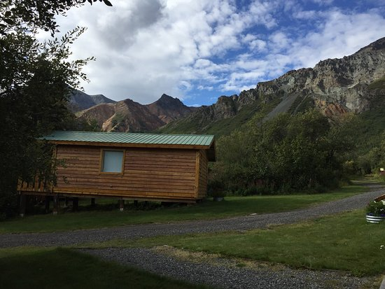 Sheep Mountain Lodge: Great little trail system right out of cabins.