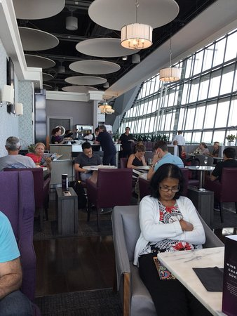 Hounslow, UK: Aspire Lounge