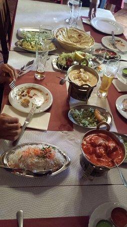 Punjab Palace Restaurant : un poco de todo
