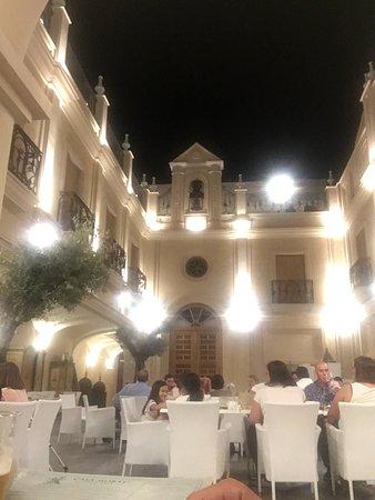 Los Palacios y Villafranca, España: Casa Moral