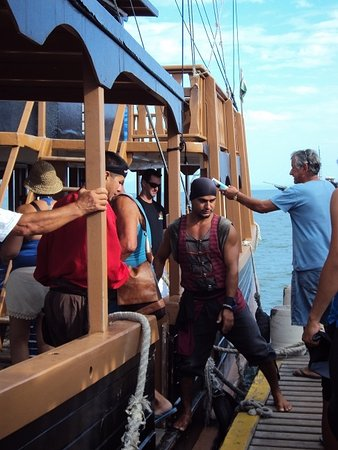 Canasvieiras, SC: Piratas, todo el mundo a bordo!!