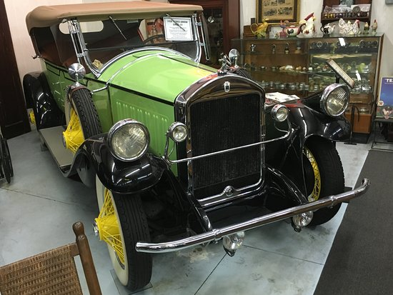 Pierce Arrow in the Cairo Antique Auto Museum
