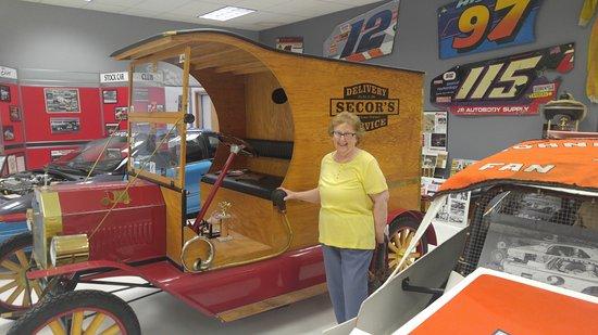 Weedsport, estado de Nueva York: 1909 Model T replica