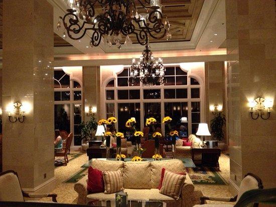 The Ritz-Carlton Orlando, Grande Lakes: Front lobby