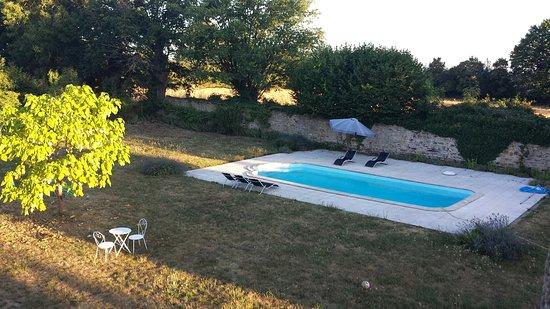Aubusson, Francia: 20160814_073120_large.jpg