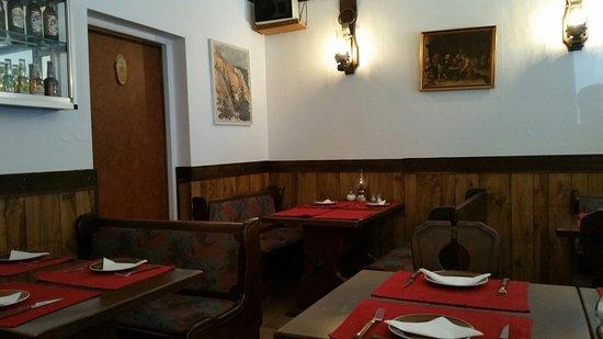 Pizzeria & Ristorante Napoli: Interno locale