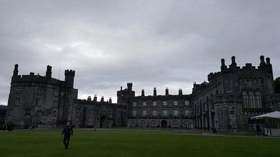 كيلكيني, أيرلندا: Kilkenny castle