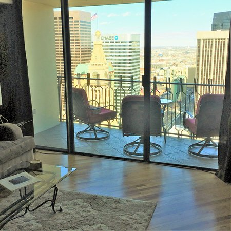 Brooks Tower Furnished Apartments At 16th Street Mall City View