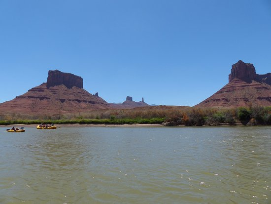 Canyon Voyages Adventure Co - Day Tours: Beautiful scenery