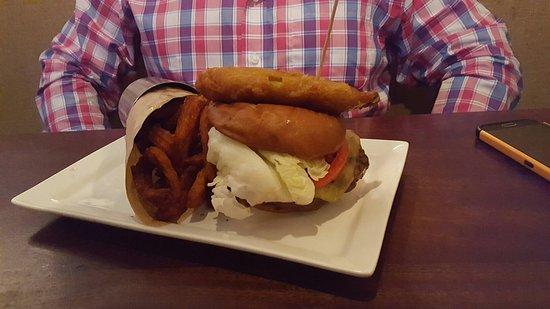 Citizen Burger Bar: 20160814_132531_large.jpg