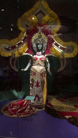 The Presbytere: Queen Costume!