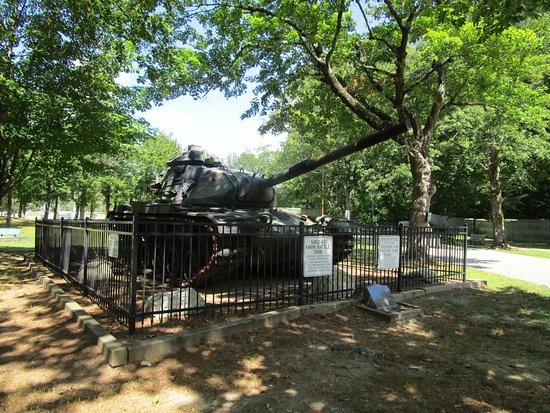 A military tank at Johnston War Memorial Park.