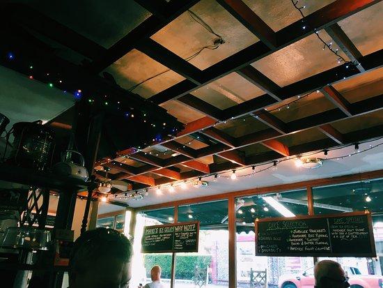 Grapevine Bistro & Restaurant: photo1.jpg