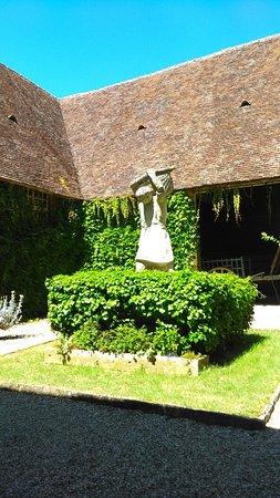Vougeot, France: IMAG2583_large.jpg