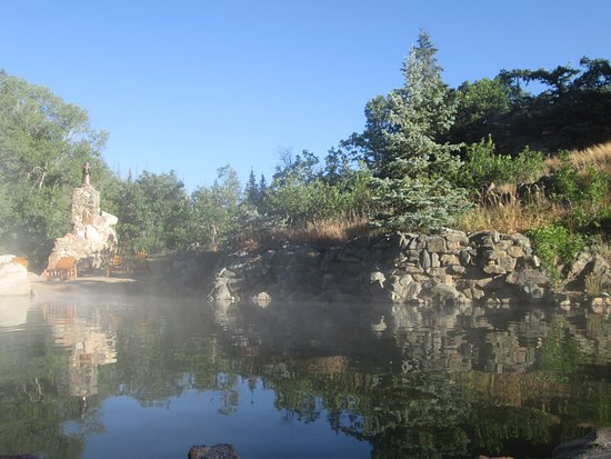 Strawberry Park Hot Springs: Larger pool with the lower water temperature
