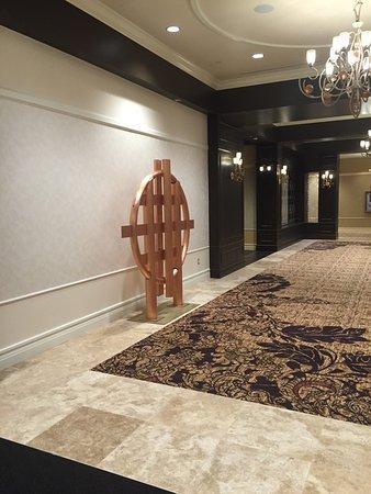 Saratoga Casino Hotel: photo1.jpg