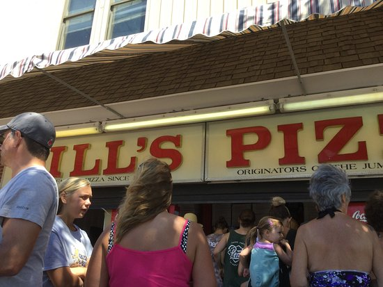 Bill's Pizza près du Pier!
