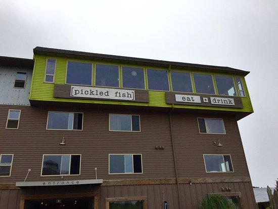 Long Beach, WA: The front door, 4th floor restaurant and hotel. Adrift.