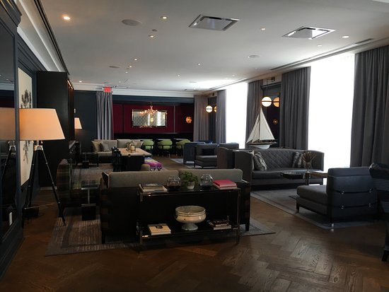 Wine Bar Lounge By Check In Counter Picture Of Kimpton Cardinal