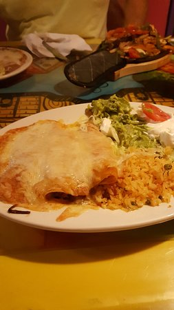 Bear, DE: Chicken Enchiladas