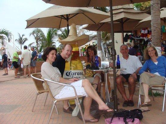 Day Off Beach Bar: Take a break! Take a Day Off!