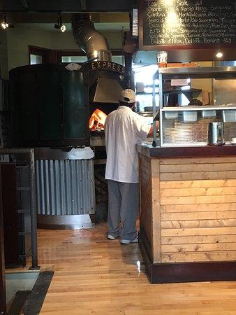 La Pizzaiolle (Vieux-Montréal): photo2.jpg