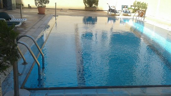 Imperial Palace Hotel: The pool