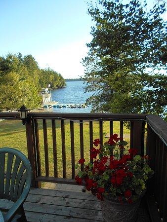 Muskoka District, Kanada: The view from the main lodge.