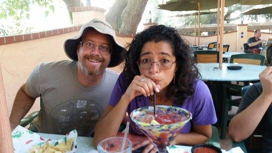Los Banos, كاليفورنيا: Huge margarita's...