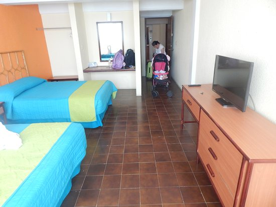 Hotel Plaza Cozumel: Habitación Cama Sencilla Doble.