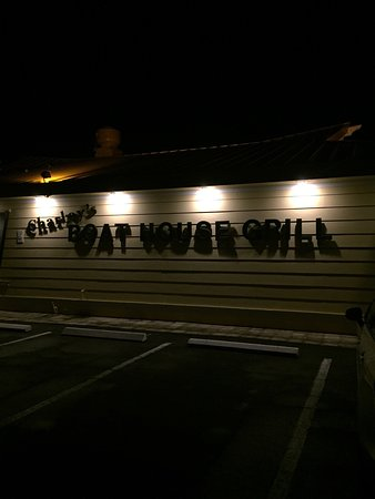 Charley's Boat House Grill : photo1.jpg