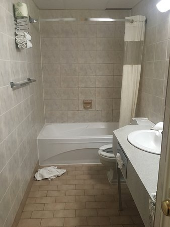 Howard Johnson Hotel Toronto Yorkville: photo1.jpg