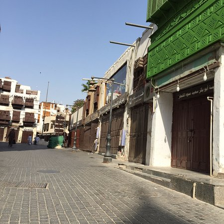 Souq that are closed in the day - Picture of Al-Balad