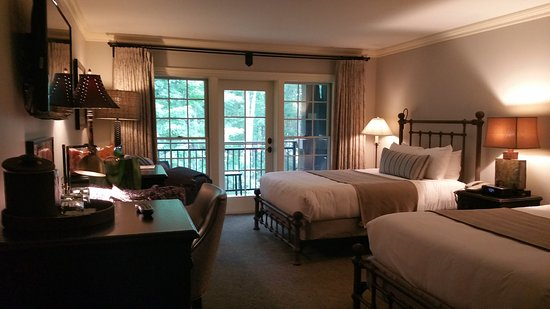 The Lodge at Woodloch: Comfy beds