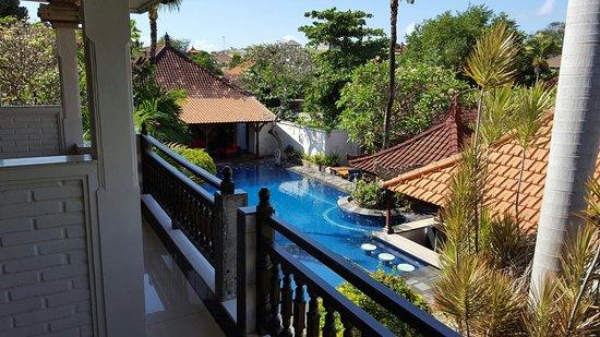 Taman Agung Hotel: 20160813_100010_large.jpg