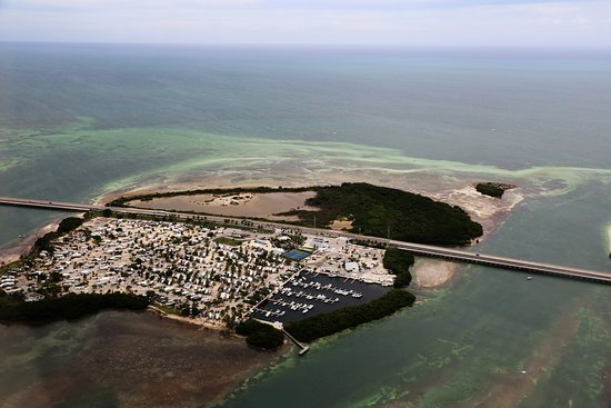 Islands and roads picture of duck key charters duck key for Duck key fishing charters
