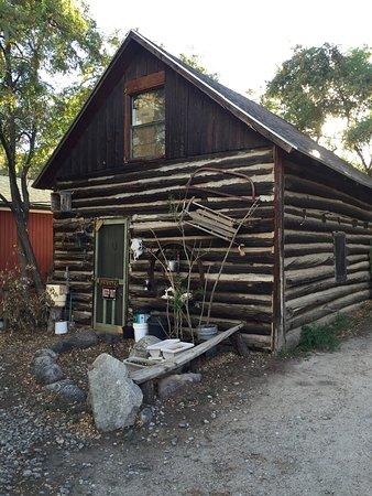 Arrowhead Point Campground & Cabins : photo0.jpg