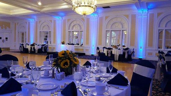 Гленз-Фоллз, Нью-Йорк: Queensbury Hotel