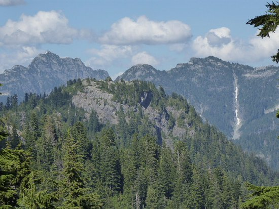 North Vancouver, Canadá: Mountain views from the Eye of the Wind