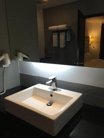 S Sukhumvit Suites Hotel : photo4.jpg