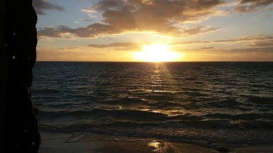 Joelan Beach Fales: 20160815_065425_large.jpg