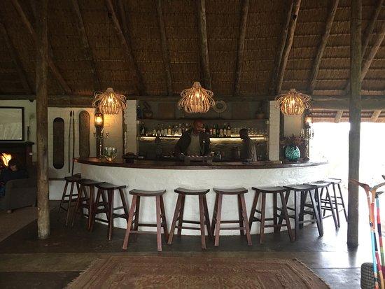 Tanda Tula Safari Camp: Bar