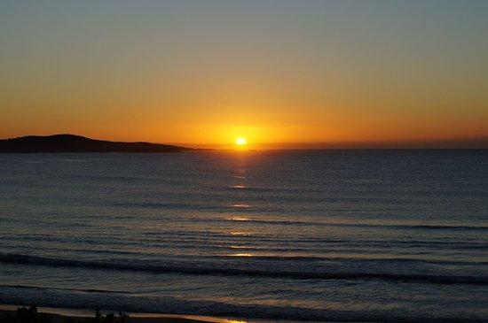 Anna Bay, Αυστραλία: Sunrise at One Mile Beach