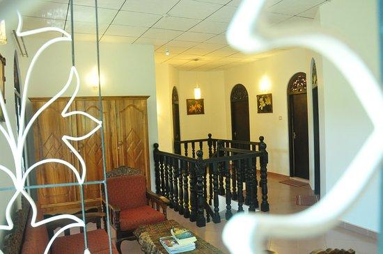 Angel Rest House: Upstair living room