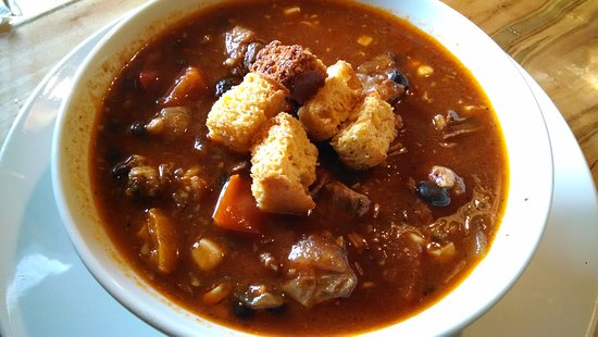 West Jefferson, Carolina del Norte: Brisket chili with cornbread croutons.